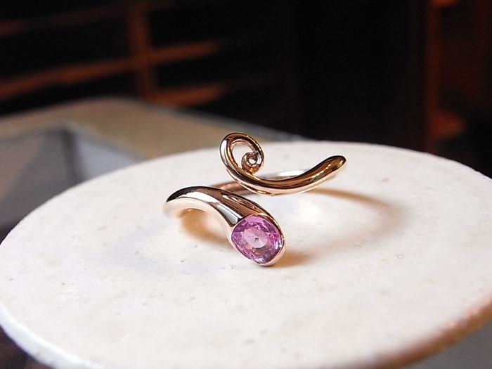 ピンクサファイヤ 指輪
