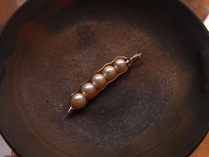 パール 豆 ペンダント