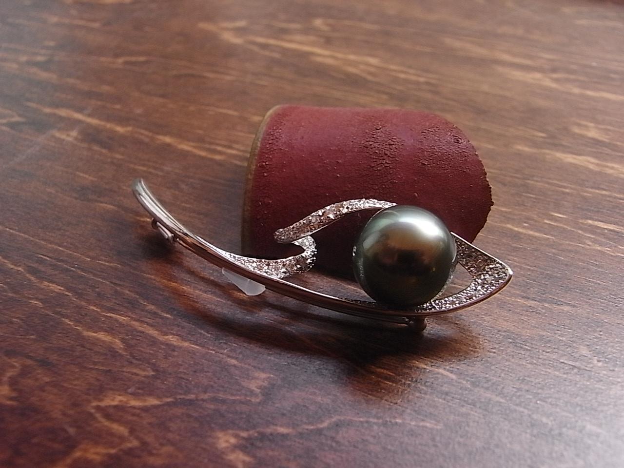 黒真珠 ブローチ
