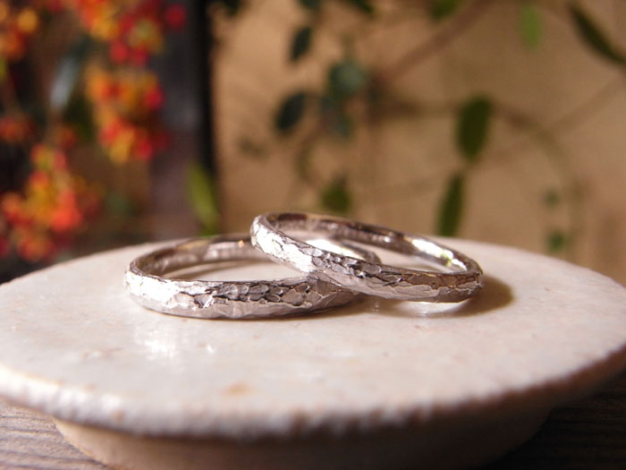 ホワイトゴールド 結婚指輪